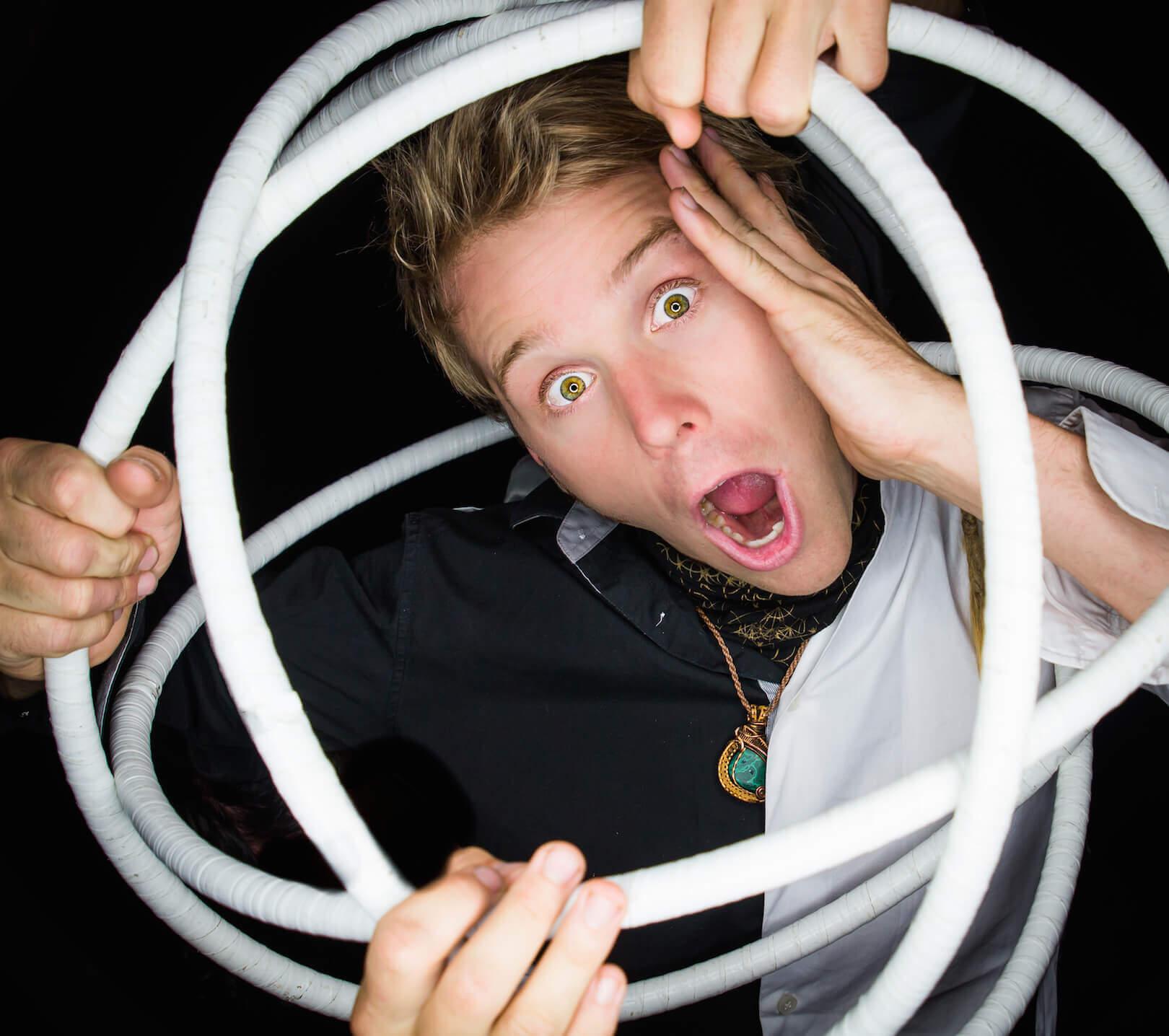 male hooper rewi los angeles juggler