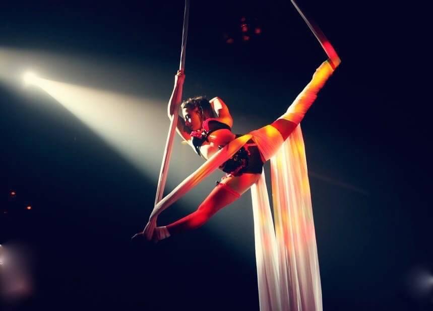 Aerial Silks Performer Tina Phoenix